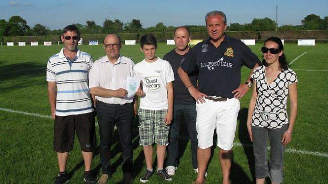 leo-mengual-nouvel-arbitre-au-club-de-football